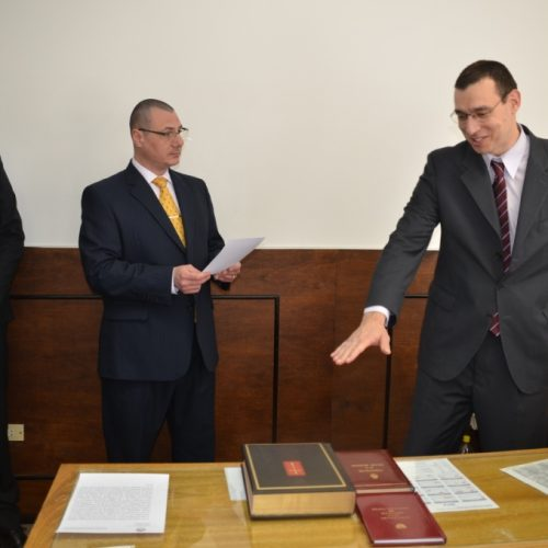 Asumió el cargo el Secretario Interino del Juzgado de Primera Instancia en lo Civil y Comercial Nº 1 de Ushuaia