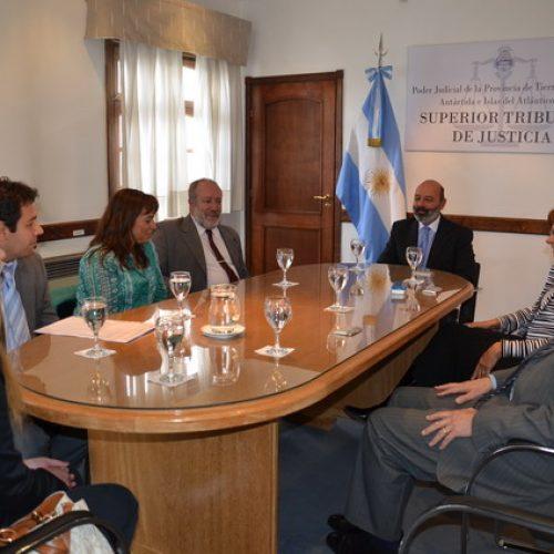 Autoridades del Superior Tribunal de Justicia se reunieron con el Colegio de Abogados de Ushuaia