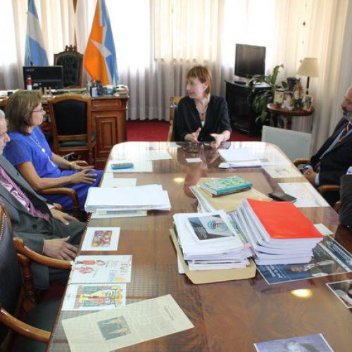 Autoridades del Superior Tribunal de Justicia se reunieron con la Gobernadora Ríos