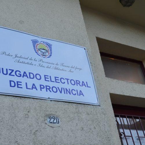 El Juzgado Electoral publicó nómina de agrupaciones políticas habilitadas para las elecciones 2015