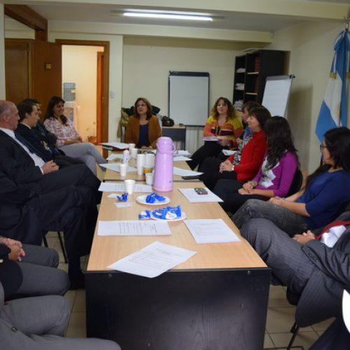 Realizan primera reunión de trabajo del Programa 'Acercándonos a la Comunidad' en 2015
