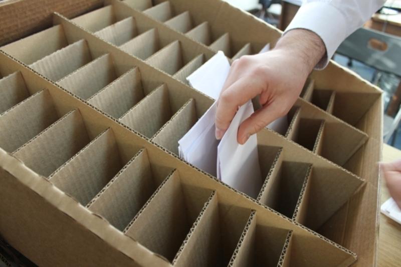 Caja contenedora (2)