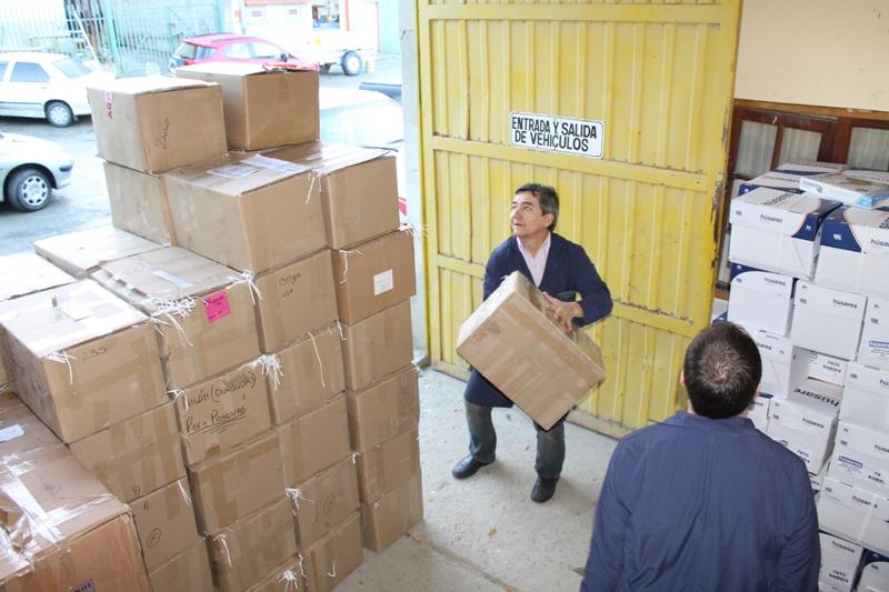 Entrega de papel a colecta solidaria por el Garrahan (2)