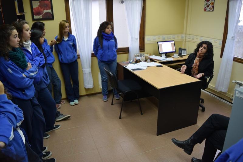 Recorrida de estudiantes por Tribunales Ushuaia (3)