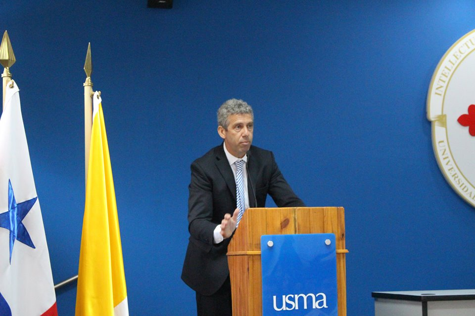 Dr Löffler en la USMA