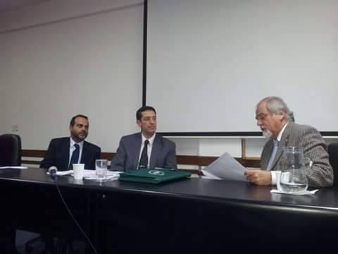 Dr Cesari Hernández expone en la UAI