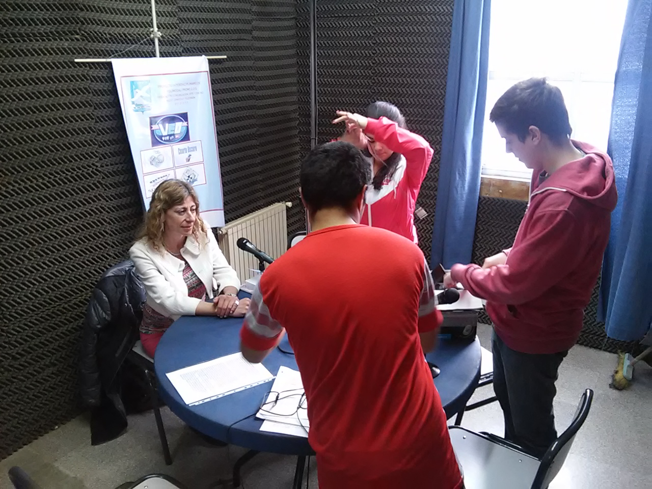 Dra Maiztegui Marcó en radio educativa