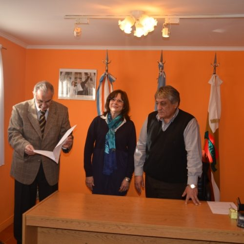 Intendente de Tolhuin firmó reserva de lotes fiscales para dependencias del Poder Judicial
