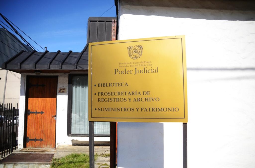 Frente de biblioteca judicial Ushuaia