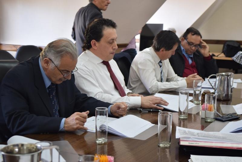 Presentación de Presupuesto en Legislatura (2)