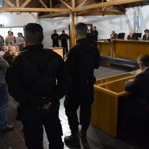 El Tribunal de Juicio dispuso 28 condenas y cinco absoluciones totales en el juicio  a sindicalistas del gremio de camioneros y docentes