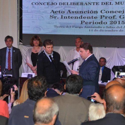 El Superior Tribunal de Justicia asistió a la asunción del Intendente Municipal de Río Grande