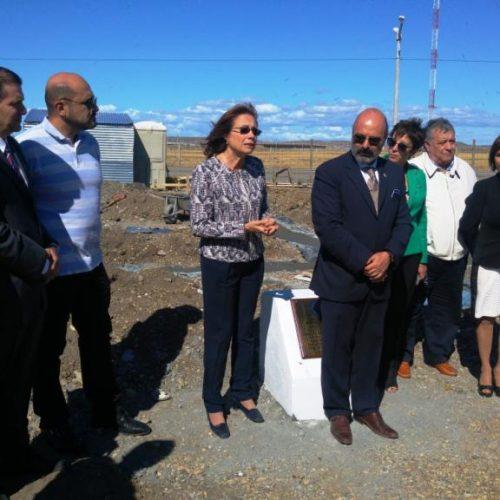 Asisten al descubrimiento de piedra fundamental de nueva sede del Colegio de Abogados de Río Grande