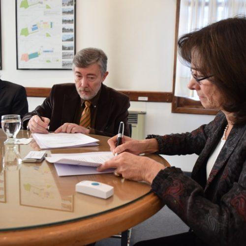 El Superior Tribunal de Justicia y el CONICET rubricaron convenio de colaboración y desarrollo mutuo