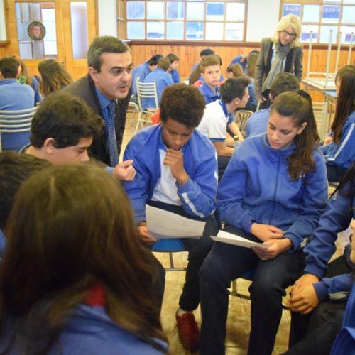 """Notable interés de los jóvenes por el Programa """"Acercándonos a la Comunidad"""""""
