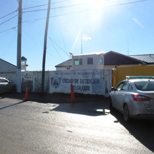 Destinan equipos informáticos en desuso a la Unidad de Detención Nº 1 de Río Grande