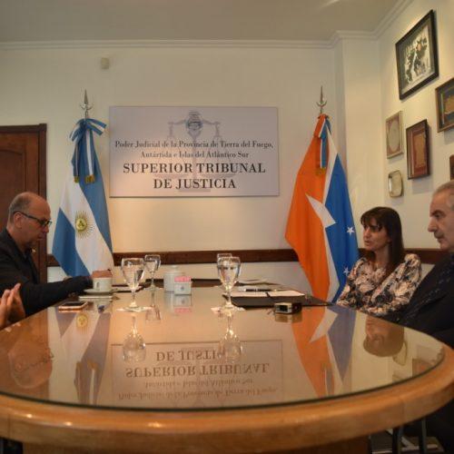 Justicia y Gobierno de la Provincia firman convenio para la implementación de la firma digital