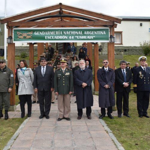 """El Superior Tribunal de Justicia participó del cambio de jefatura del Escuadrón 44 """"Ushuaia"""" de Gendarmería Nacional"""