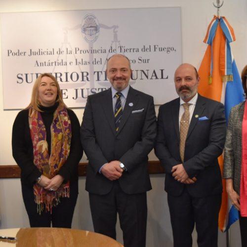 Justicia y Gobierno refuerzan trabajo conjunto para facilitar políticas públicas de acceso a justicia