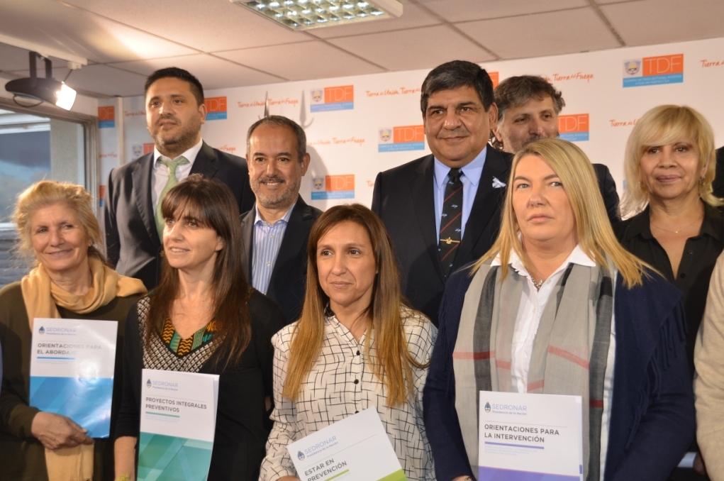 Dras Name y Vecchi en la presentación del Programa Prevencion del Consumo 2
