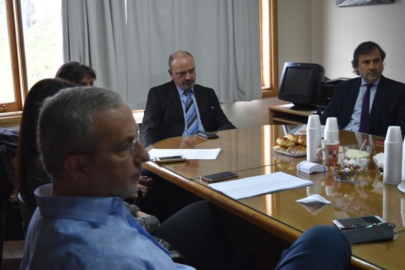 Reunión con Fiscales y defensores
