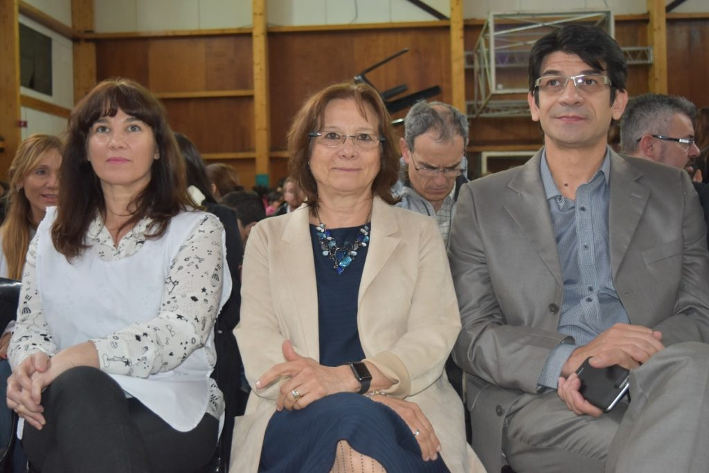 Dra Battaini en la apertura de la Feria del Libro Escuela Nº 13