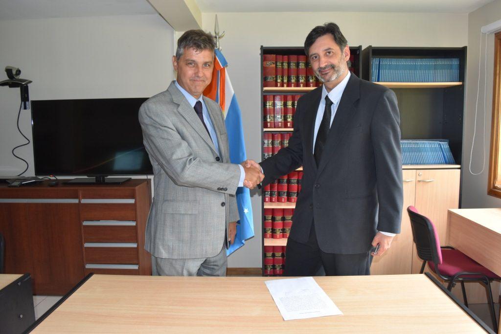 Dr. Martín Messmer en la toma de posesión del cargo del Dr Horacio Artieda