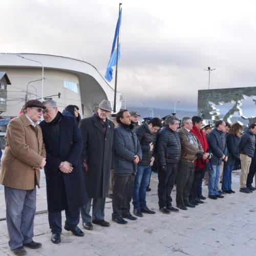 Rinden homenaje a los caídos en el hundimiento del Crucero Belgrano