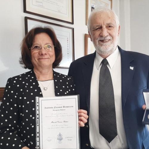 La Doctora Battaini fue nombrada Miembro Honorario del Instituto Browniano Delegación Ushuaia
