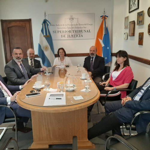 El Superior Tribunal de Justicia se reunió con la Asociación de Magistrados y Funcionarios
