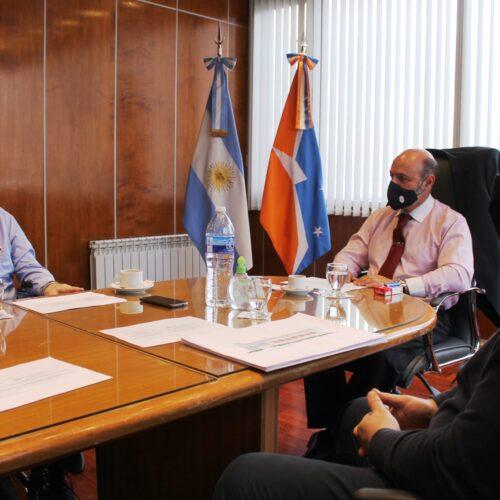 Responsables de Administración e Infraestructura se reunieron con el Dr. Muchnik